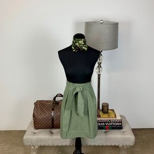 ❗️Price firm! H&M Green Skirt w/ Tie Belt